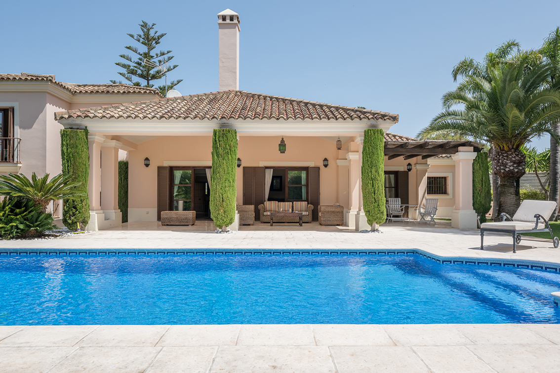 Competitively Priced 5 Bed Villa in Sotogrande Costa