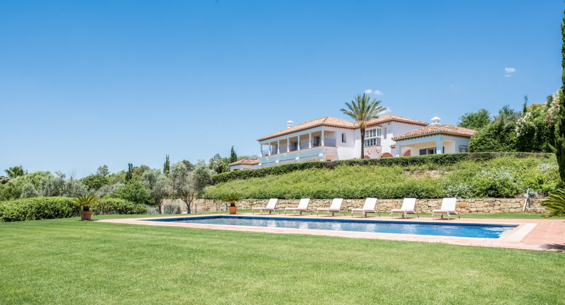 Luxury Villa on Double Plot for Sale in Sotogrande Alto