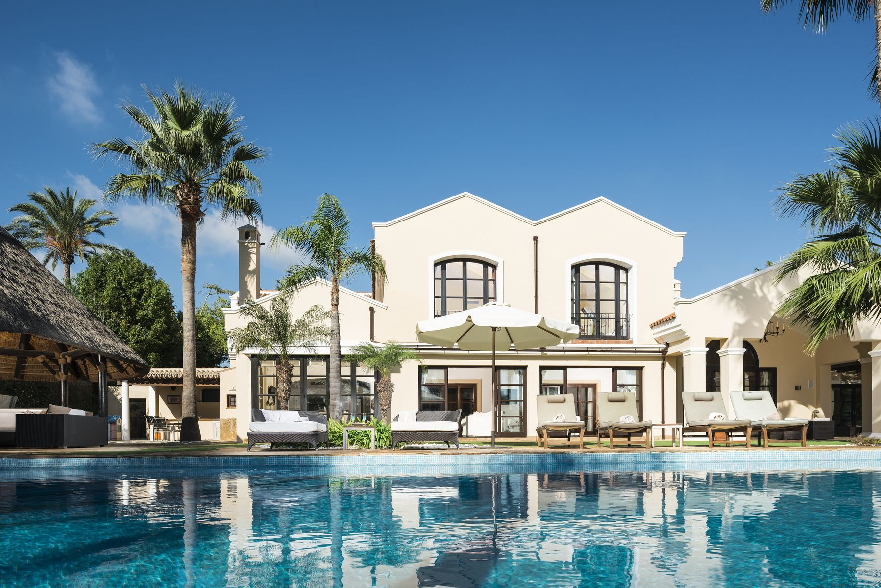 Six Bedroom Frontline Golf Luxury Villa in Sotogrande Alto