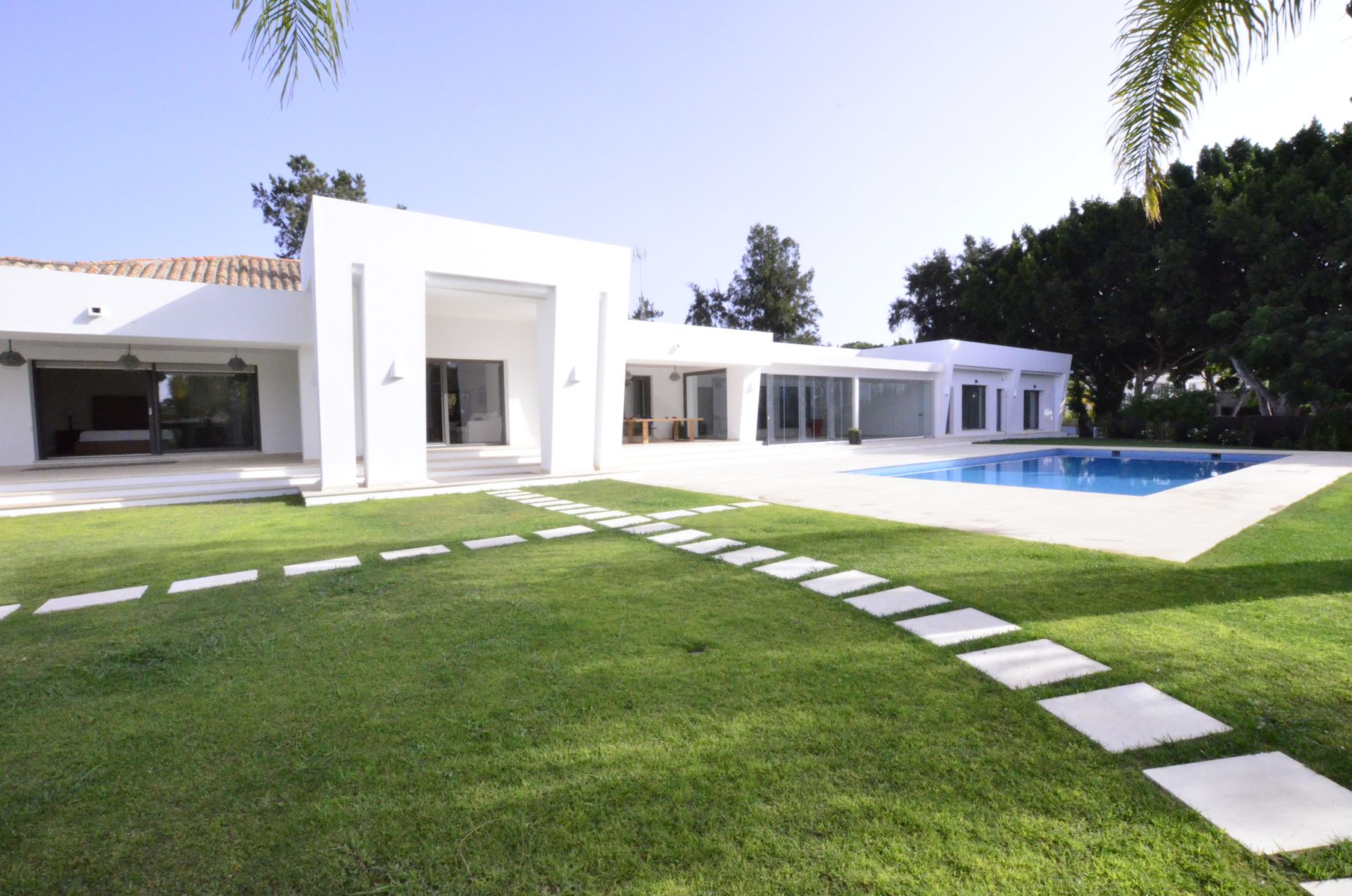 Villa Moderna na Prestigious Kings and Queens Area em Sotogrande