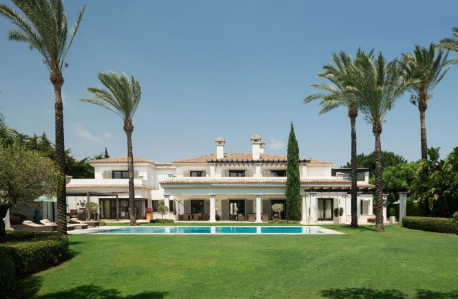 Stunning Villa in Kings & Queens Area of Sotogrande Costa